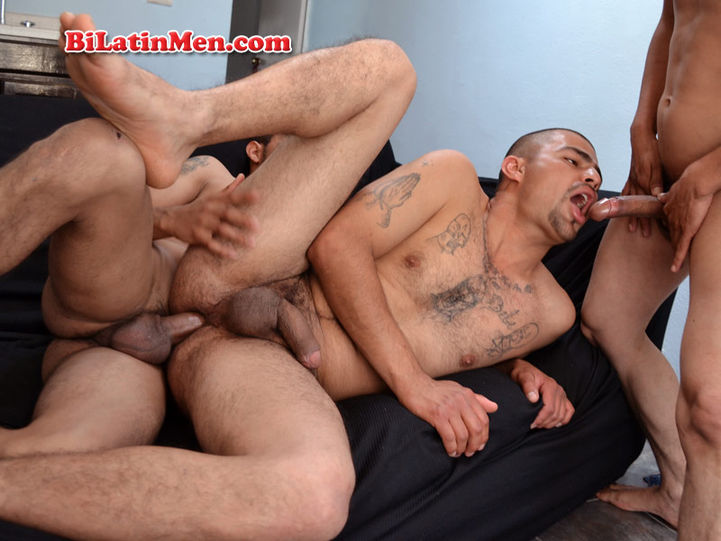 Hot men jacking mens dicks with big feet 7